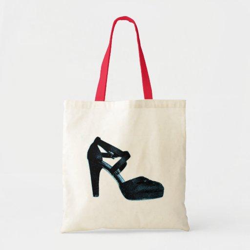 La bolsa de asas negra enorme del zapato del vinta