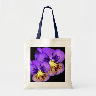 La bolsa de asas púrpura bonita del pensamiento