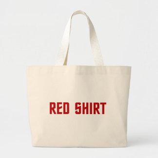 La bolsa de asas roja de la camisa