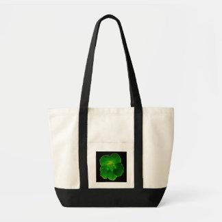 La bolsa de asas verde de la capuchina