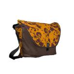 La bolsa de mensajero abstracta anaranjada del mod bolsas messenger