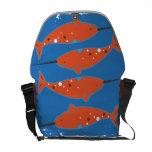 La bolsa de mensajero anaranjada de Narwhal Bolsa Messenger
