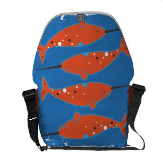 La bolsa de mensajero anaranjada de Narwhal Bolsa De Mensajeria