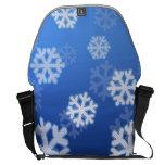 La bolsa de mensajero azul del copo de nieve bolsa de mensajeria