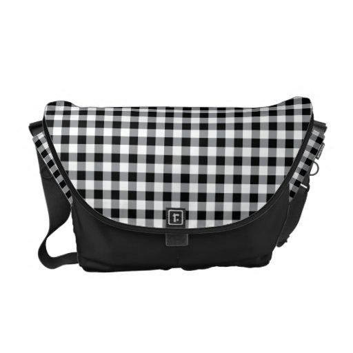 La bolsa de mensajero blanco y negro de la guinga  bolsa de mensajeria