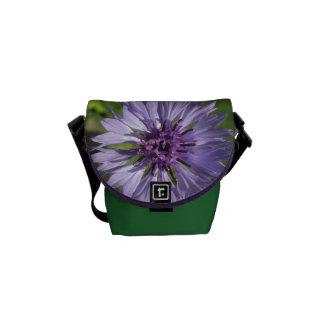 La bolsa de mensajero - botón de la lila/del bolsas messenger