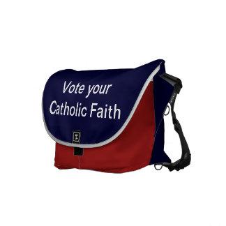 La bolsa de mensajero católica del carrito bolsa messenger