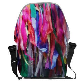 La bolsa de mensajero coloreada del adorno de la bolsa de mensajeria