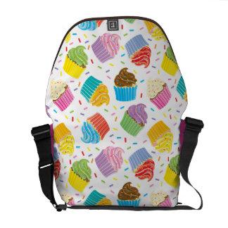 La bolsa de mensajero colorida de la magdalena bolsas messenger