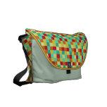 La bolsa de mensajero colorida del carrito de los  bolsas de mensajería