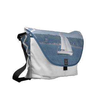 La bolsa de mensajero costera de la navegación de  bolsas de mensajería