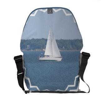 La bolsa de mensajero costera de la navegación de  bolsas de mensajeria