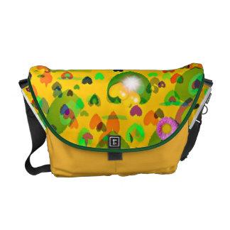 la bolsa de mensajero de lujo amarilla de los cora bolsas de mensajería