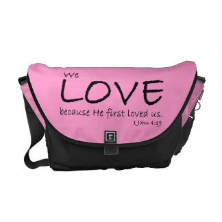 La bolsa de mensajero del amor (1 4:19 de Juan) Bolsa Messenger