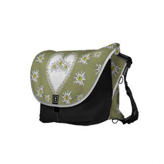 La bolsa de mensajero del carrito del corazón de bolsa de mensajería