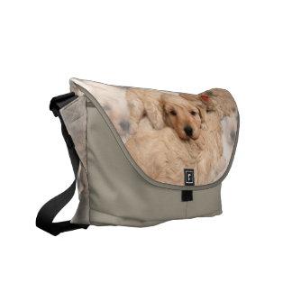 La bolsa de mensajero del collage del perrito bolsas messenger