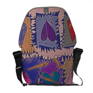 La bolsa de mensajero del diseño del remiendo en r bolsa messenger