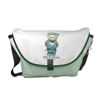 La bolsa de mensajero del friki del cirujano bolsa de mensajería