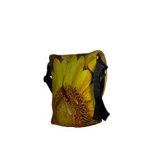 La bolsa de mensajero del girasol bolsas de mensajeria