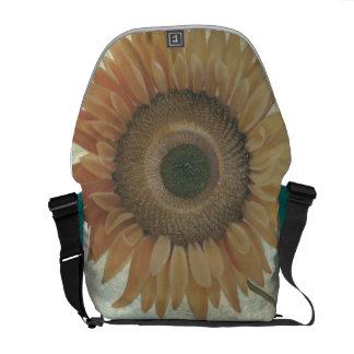 La bolsa de mensajero del girasol bolsas de mensajería