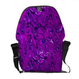 La bolsa de mensajero del modelo de Lila Bolsa Messenger