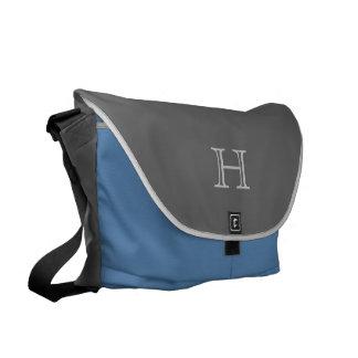 La bolsa de mensajero del monograma, gris y azul bolsas messenger