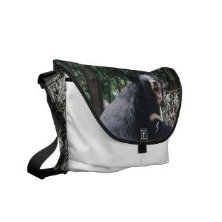 La bolsa de mensajero del oso el gruñir bolsas de mensajería