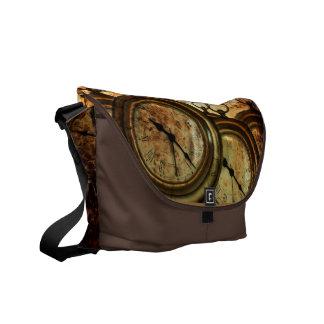 La bolsa de mensajero del steampunk del reloj de b bolsa de mensajeria
