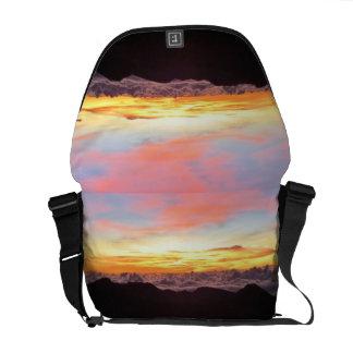 La bolsa de mensajero doble de la salida del sol bolsa messenger
