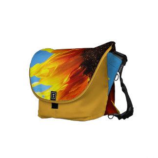 La bolsa de mensajero en llamas del girasol bolsas de mensajeria