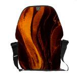 La bolsa de mensajero en naranja elegante y negro bolsas de mensajeria