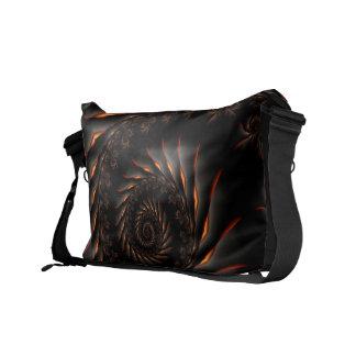 La bolsa de mensajero espiral negra del fractal bolsas de mensajeria