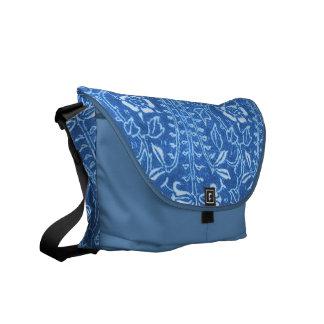 La bolsa de mensajero floral del azul del Cornflow Bolsas De Mensajería