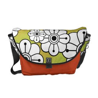 La bolsa de mensajero floral enrrollada bolsa de mensajería