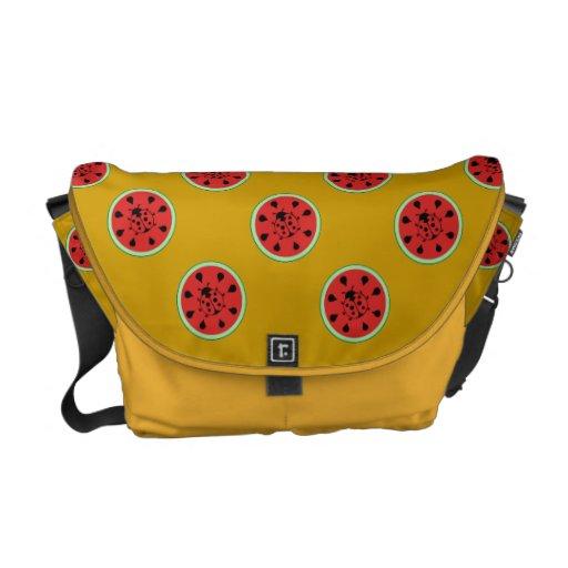 La bolsa de mensajero linda de la sandía y de la m bolsas messenger