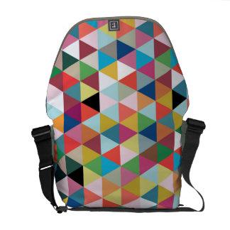 La bolsa de mensajero modelada geométrica colorida bolsas de mensajería