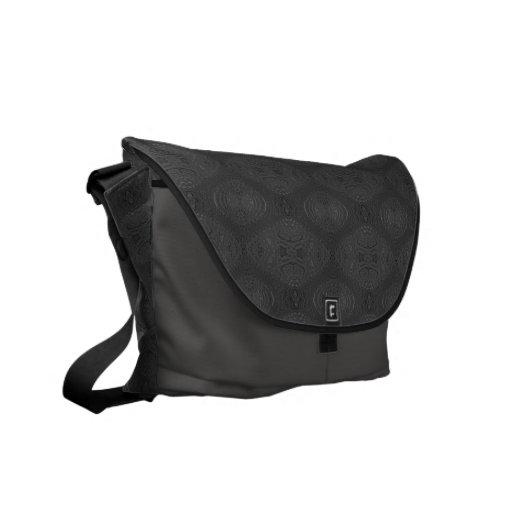 La bolsa de mensajero negra del carrito bolsa de mensajería