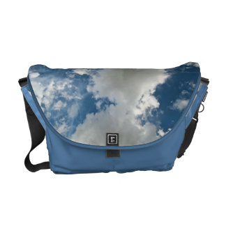La bolsa de mensajero nublada del carrito del día bolsa de mensajería