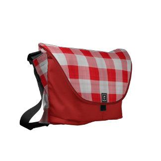 La bolsa de mensajero roja del carrito de la guing bolsa de mensajeria