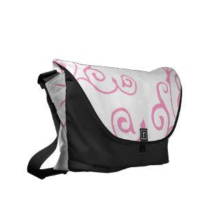 La bolsa de mensajero (rosada) de la marfil del ci bolsas de mensajería