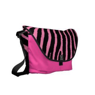 La bolsa de mensajero rosada de las rayas negras d bolsas de mensajería