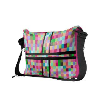 La bolsa de mensajero rosada de Pixelate Bolsa Messenger