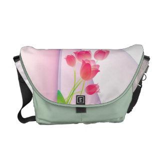 La bolsa de mensajero rosada escarpada de los tuli bolsa messenger
