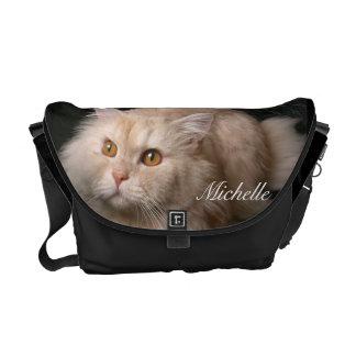 La bolsa de mensajero rubia del gato persa bolsas de mensajería