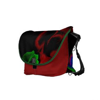 La bolsa de mensajero Salvaje-y-Loca del diseño de Bolsa De Mensajería