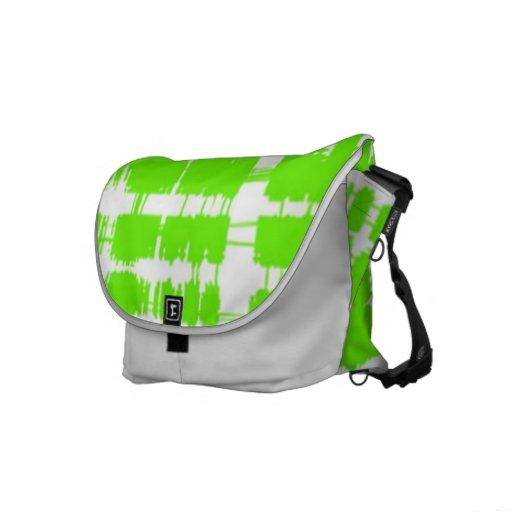 La bolsa de mensajero verde de moda bolsa de mensajería
