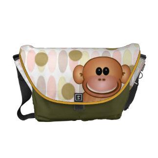 La bolsa de pañales del mono bolsa de mensajería