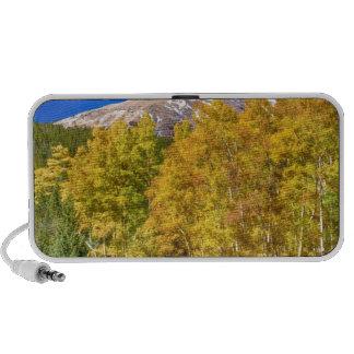 La bonanza del otoño de la montaña rocosa iPhone altavoces