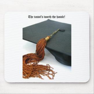 La borla digno de la graduación del molestia tapete de ratón