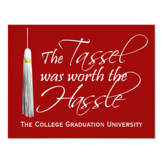 La borla roja valió la graduación de la comunicados personalizados